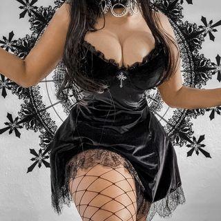 meadowdrop - Spaghetti Strap Lace Trim A-Line Mini Velvet Dress