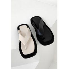 SIMPLY MOOD - Thong Platform Sandals