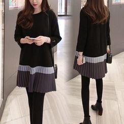 Hilsah - Long-Sleeve Pleated Panel Mini Dress