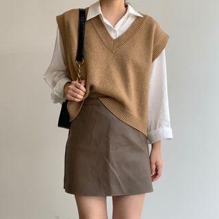 Yunhouse - 纯色衬衫 / 毛衣马甲 / 迷你A字裙 / 套装