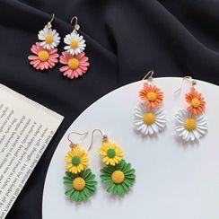 Admae - 花朵耳环 / 夹式耳环