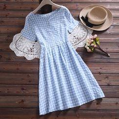 Aigan - Check Short-Sleeve A-line Dress