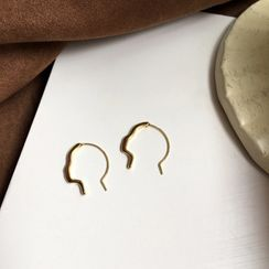 Yambo - Alloy Face Silhouette Earring