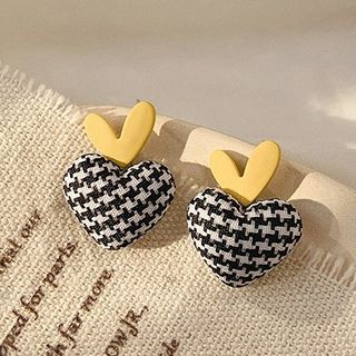 True Glam - Houndstooth Heart Drop Earring