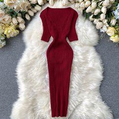 Lucuna - V領短袖針織塑身連衣裙