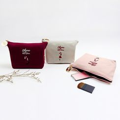 BABOSARANG - 'Anne with Red Hair' Embroidered Pouch (S)