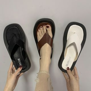 Senkano - Faux Leather Platform Flip Flops