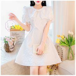 Petit Lace - 短袖蝴蝶結A字連衣裙