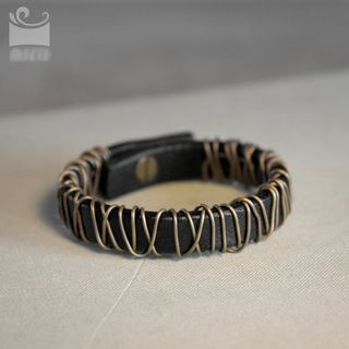 Zeno - 皮革手环