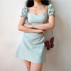 Sinora - 纯色泡泡袖迷你A字连衣裙