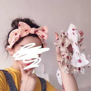 Intimo - Strawberry Bow Face Wash Headband