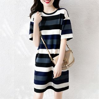 Elbelier - Short-Sleeve Striped Midi Shift T-Shirt Dress