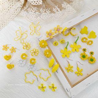 Admae - 花朵飾釘 / 耳墜