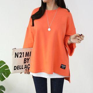 Seoul Fashion - Dip-Back Letter Patch T-Shirt