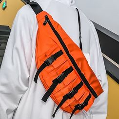 HOVERUP - Buckled Lightweight Sling Bag