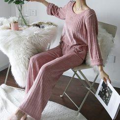 Almilo - 家居服套装: 长袖罗纹丝绒上衣 + 长裤