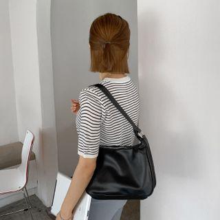 MERONGSHOP - Zipped Baguette Hand Bag