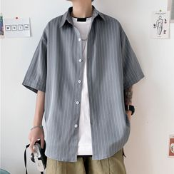 Acrius - 短袖條紋休閒襯衫