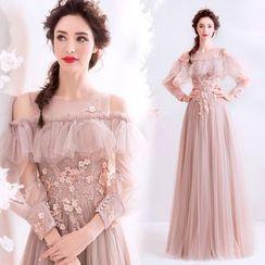Caprice - Cold-Shoulder Floral Applique A-Line Evening Gown