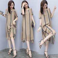 Tiny Times - Striped Short-Sleeve Midi Shift Dress