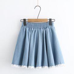 PANDAGO - 蕾丝下襬迷你A字牛仔裙