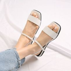 Wifky - Ankle-Strap Flat Sandals