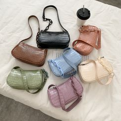 Lizzy - Croc Grain Shoulder Bag