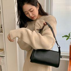 FROMBEGINNING(フロムビギニング) - Zipped Plain Shoulder Bag
