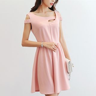 Q.C.T - Plain Cutout Sleeveless A-Line Dress