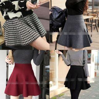 QZ Lady - High-Waist Mini Skirt