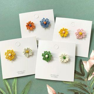 Admae - 花朵耳钉 / 夹式耳环