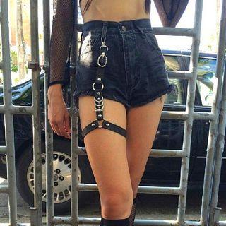 SURELIN - Hoop Faux Leather Garter