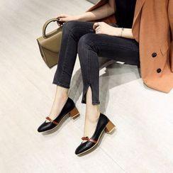 Cinnabelle - 蝴蝶结粗跟鞋