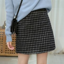 Lady Jean - Plaid Woolen Semi  A-Line Skirt