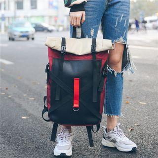 Carryme - 多带饰扣背包