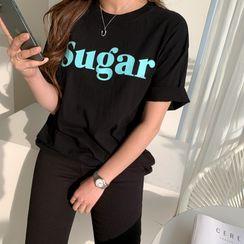 NANING9 - 'Sugar' Letter Cotton T-Shirt