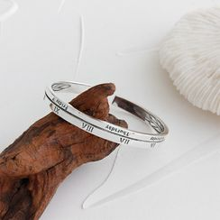 Phoenoa - 925 Sterling Silver Lettering & Roman Numeral Open Bangle