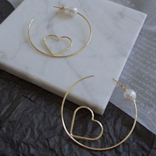 True Glam - Faux Pearl Alloy Heart Open Hoop Earring