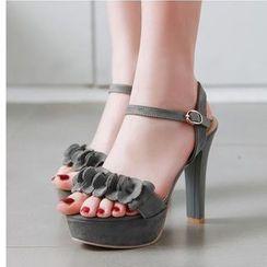 Freesia(フリージア) - Block-Heel Peep-Toe Sandals