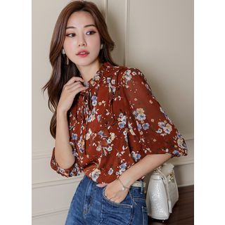 Styleonme - Frill-Neck Beribboned Floral Chiffon Blouse