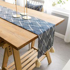 iMpressee - Patterned Tassel Table Runner