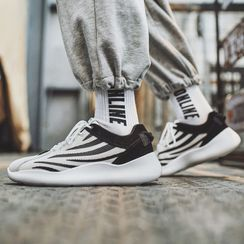 Chaoqi - Patterned Athletic Sneakers