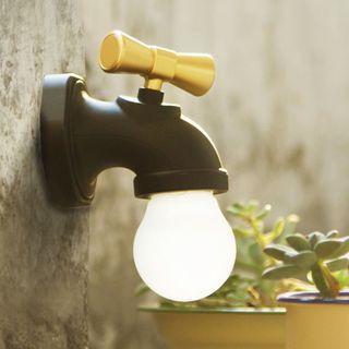 Giffare - Rechargeable Tap Adhesive Night Lamp