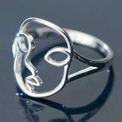 A'ROCH - Silver Wirework Ring with Face Design