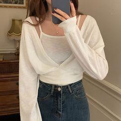 Jesong - Set: Plain Camisole Top + Long-Sleeve Cropped Shirt