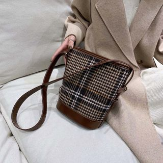 NewTown - Plaid Bucket Bag