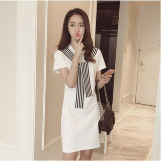 Oaksa - Stripe Tie Short-Sleeve Dress