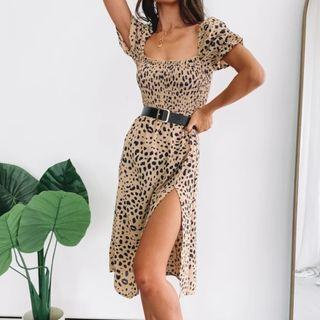Ramaba - Leopard Print Short-Sleeve Midi Shift Dress