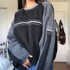 Sosana - 长袖插色条纹宽松卫衣