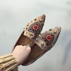 Mowin - Pointed Studded Flats